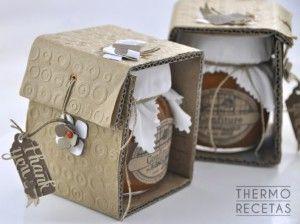 Se puede hacer en Thermomix. Una mermelada de albaricoque buenísima que se puede conservar en tarros e incluso utilizar como regalo.