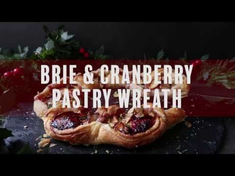 Cranberry and Brie puff pastry wreath - Simply Delicious