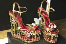 2016 Yeni Geliş Kadın Düğün Ayakkabı Toka Askı Kuş Kafesi Gül Çiçek takozları Kadın Sandalet Yenilik Parti Elbise Ayakkabı Kadınlar (Çin (Anakara))