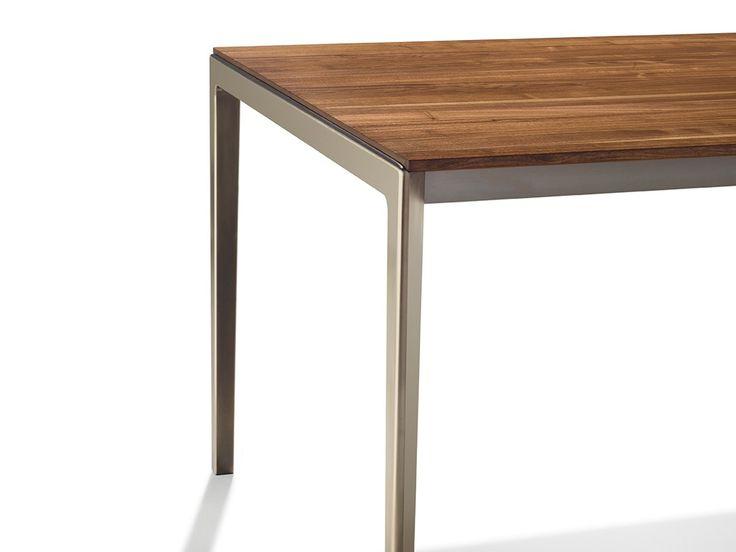 Ausziehbarer Tisch aus Stahl und Holz TAK by TEAM 7 Natürlich Wohnen Design Jacob Strobel