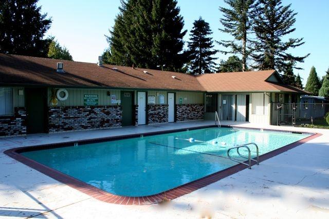 13 best trailer images on pinterest caravan camper Best swimming pools in portland oregon