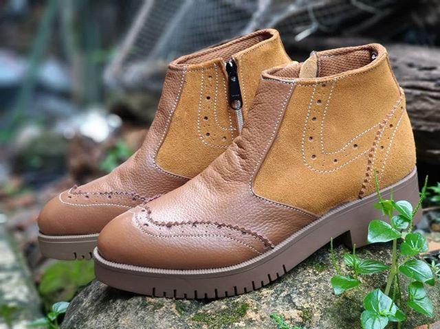 Ready Sepatu Boots Cewek Edisi Bulan April Rp 165rb Blm