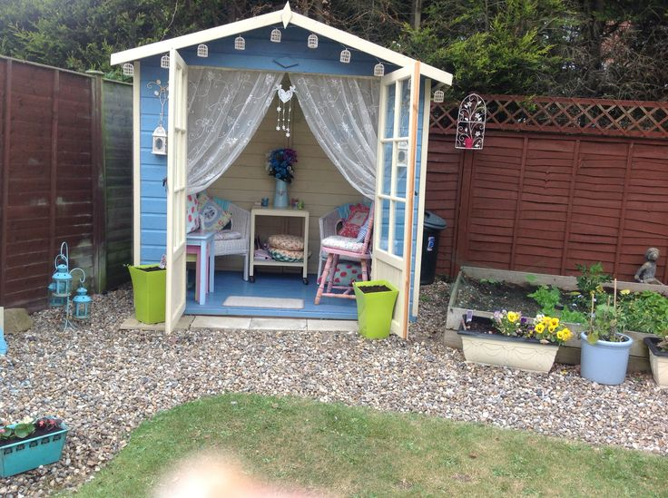36 best shabby chic summerhouse garden room images on for Summer house furniture ideas