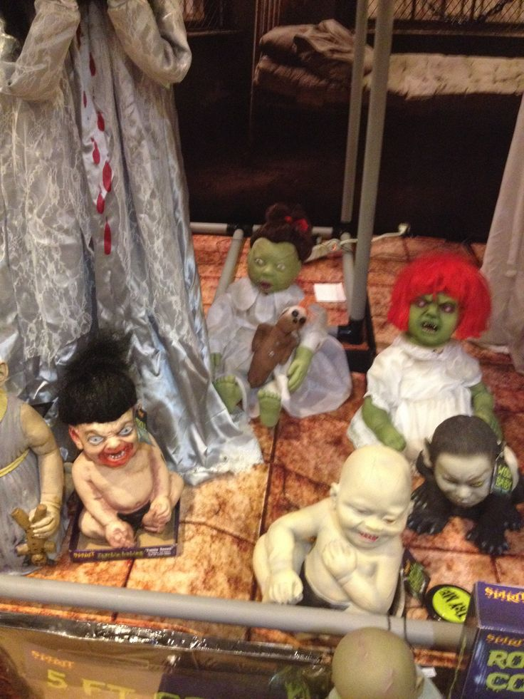 Baby Dolls Pics Creepy Halloween Decorations Creepy Halloween