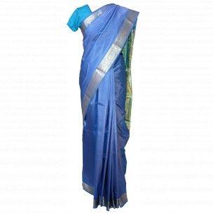 Magnifique sari indien tissu de soie à acheter sur http://www.merabarata.fr/saris-indiens-en-soie/811-tissu-sari-indien-bleu.html