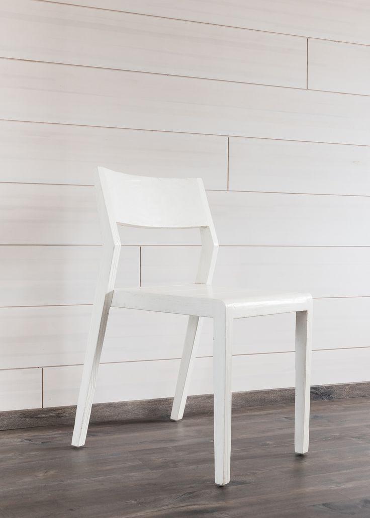 Ruokapöydän tuoli kierrätyspuusta. Reclaimed wood dining chair.