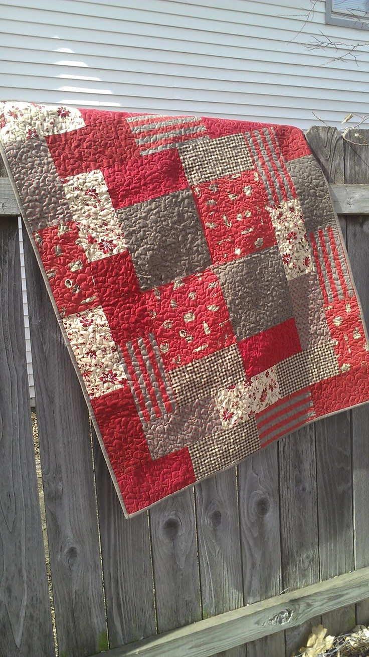 Reds and Browns quilt. Perfect!!