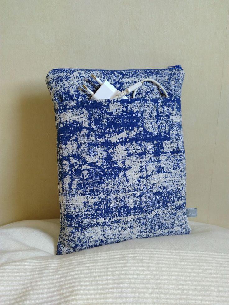 Housse iPad tablette 10 pouces jacquard bleu indigo et blanc : Housses ordinateurs et tablettes par cecaroquafait