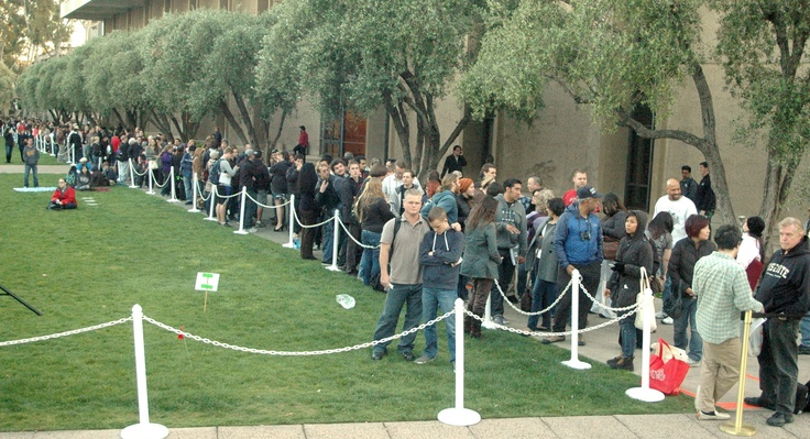 Enthusiastic attendees started lining up 12 hours early for Hawking's 8:00 p.m. lecture at Caltech on April 16, 2013. The overflow crowd stretched for more than a quarter mile.
