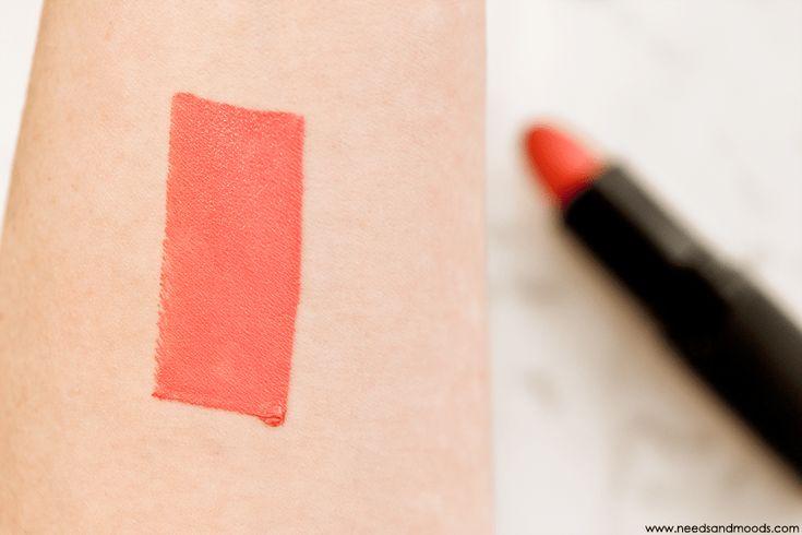 Sur mon blog beauté, Needs and Moods, je vous donne mon avis sur la marque de maquillage à petit prix E.L.F.  http://www.needsandmoods.com/elf-avis-maquillage/   #ELF #EyesLipsFace #ELFCosmetics #maquillage #makeup #beauté #beauty #BlogBeauté #BlogBeaute #BeautyBlog #BeautyBlogger #BBlog #BBlogger #ELFFrance @elfcosmetics #RougeALevres #lipstick #CoralCutie #swatch