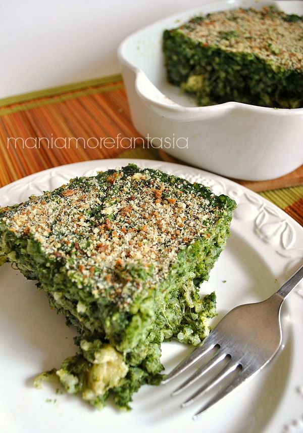 Timbale with rice and spinach ( in Italian ); ingredients  200 g rice  400 g of fresh spinach  (or 6 frozen cubes)  1 egg  50 g of bacon  125 g of mozzarella  70 g of Parmesan cheese  50 g of butter  half onion  room and pepper to taste  a liter and a half of light broth  (prepared with onion, carrot and celery)