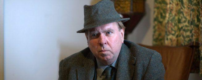 Sarà Timothy Spall, uno dei più fidati e fedeli collaboratori di Mike Leigh, il protagonista di un film biografico che il regista inglese dedicherà a J.M.W. Turner, uno dei più importanti esponenti della storia dell'arte britannica.