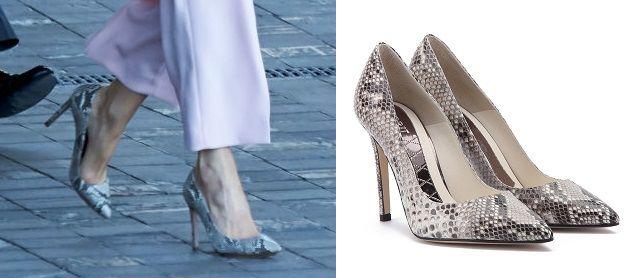 Queen Letizia rocked the trendy look of Zara  Magrit Snake Pumps  http://www.regalfille.com/2017/7/letizia-rocked-zara-trend.php