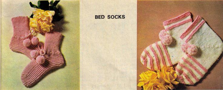 VINTAGE WOMEN'S WINTER BED SOCKS 3 STYLES AVERAGE SIZE 8 PLY KNITTING PATTERN