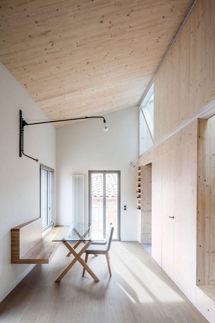 Sau taller d 39 arquitectura adri goula aleix and mariona for Minimalistische wohnungseinrichtung