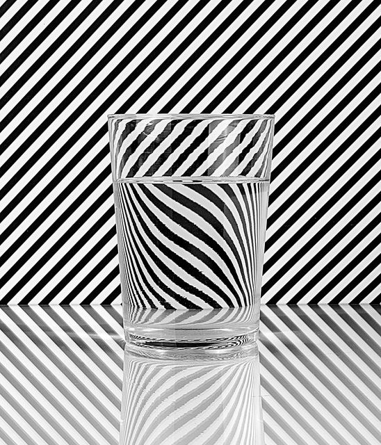 Lineas en blanco y negro