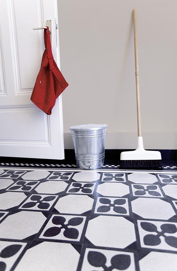 VIA: Mosaikfliesen, Zementfiesen, Kreidefarbe und Terrazzoplatten