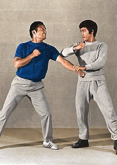 ~Dan Inosanto & Bruce Lee - Lop Sao/Gwa Choy~  I got to train with Sifu Adrian Tandez, who started training JKD with Paul Vunak and became a certified JKD/Inosanto Kali Esrima instructor under Guro Dan!