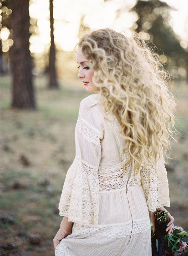 Lakeside Engagement by Michael Radford | Best Wedding Blog - Wedding Fashion & Inspiration | Grey Likes Weddings