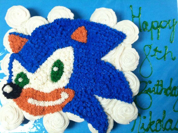 Sonic The Hedgehog Cupcake Cake In 2019 Hedgehog