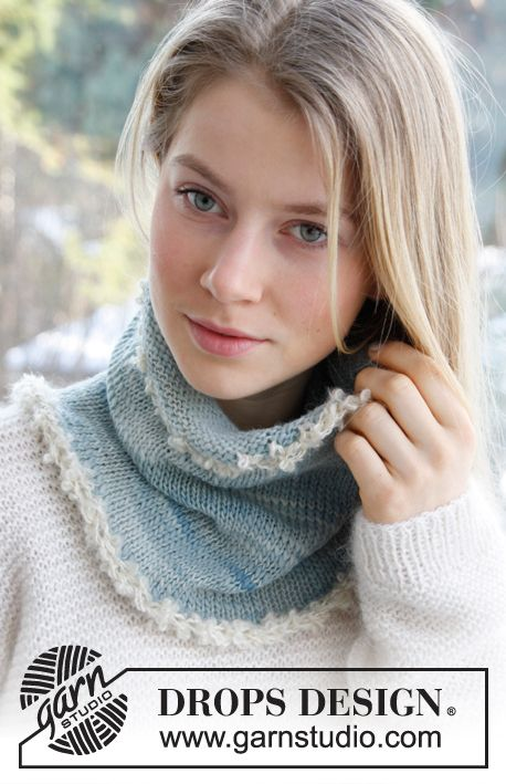 """Knitted DROPS neck warmer in """"DROPS ♥ You #3"""" or 2 strand """"Drops Alpaca"""" and with borders in """"Puddel"""". ~ DROPS Design"""