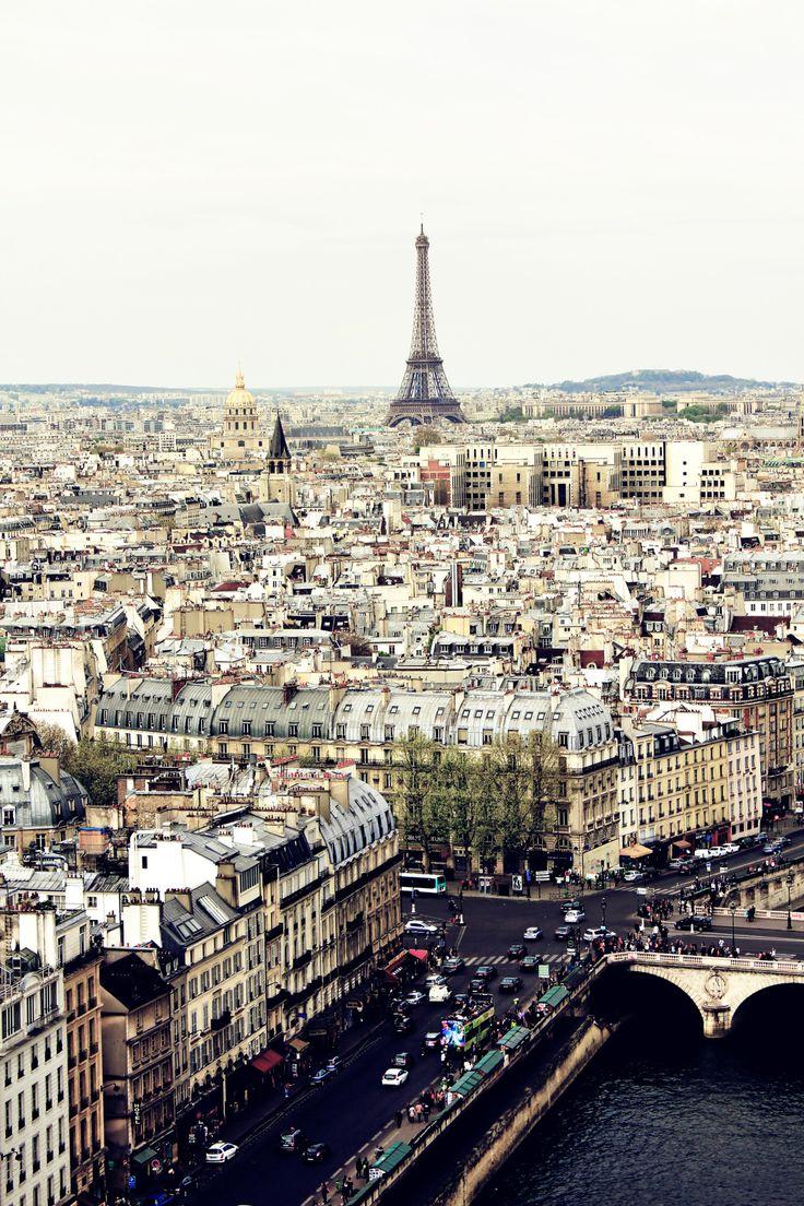 ✕ Ahhh, Paris… city of wonder! / #paris #photography #city