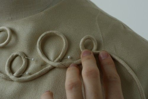 Cording Tutorial - making your own piping - biais tape - embroidery