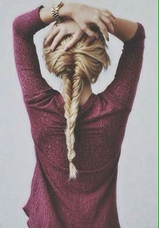 Long fishtail braid (via @vivsass) // #hair #braids