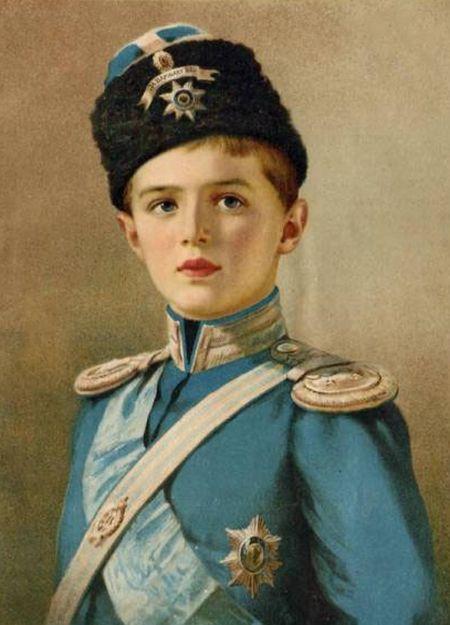 Tsarevich Alexei (portrait postcard).