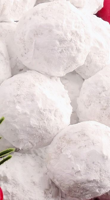 Snowball Christmas Cookies (best ever)
