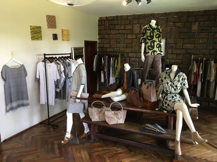 The Maison African Mosaïque store opens from 9am to 6pm - closes on Sundays