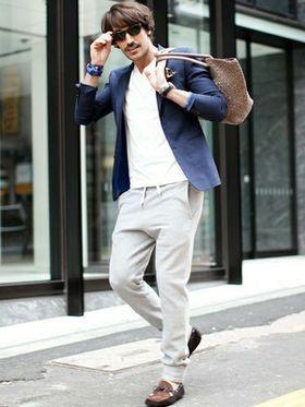 2014年ゆるカジスタイル注目のスウェットパンツ コーデ メンズの着こなし - NAVER まとめ