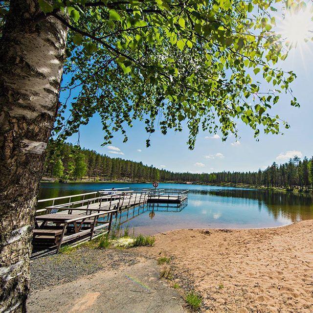 Ah aurinkoa ❤ Juhannusloma näissä maisemissa ☀  #rokua #rokuahealthspa #juhannus #keskikesänjuhla #tanssikansanjuhannus #visitrokua #rokuageopark #juhannusaatto #heikkikoskelo #juhannuspäivä #norolanpojat #suomenluonto #kansallispuisto #koivu #ahveroinen #järvimaisema #lomavinkit #hlpfi