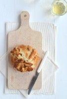 Bijgerecht // Camembert in bladerdeeg uit de oven // 30-12-2014 // Uit Paulines Keuken