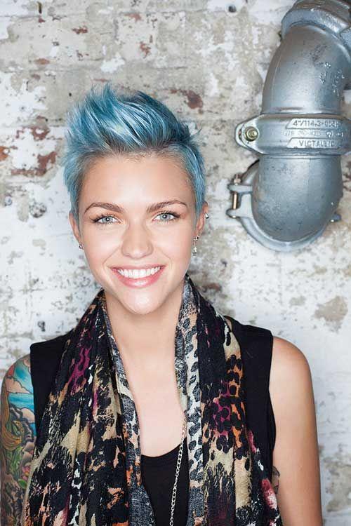 Färben Sie Ihr kurzes Haar ist eines der am meisten gefolgt Mode-Trend in der Welt. Nicht alle, aber ein großer Teil der Bevölkerung will die Haare in einer einzigartigen Art und Weise eingefärbt werden. Aber das bleibt eine versteckte Wunsch, da die meisten von ihnen...