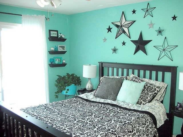 Teal easy to do bedroom that will make your child scream for joy every time they enter it