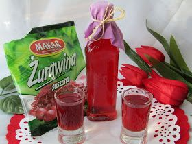 Nalewka to alkoholowy wyciąg z owoców, kwiatów i ziół. Najczęściej nalewki są przygotowywane ze świeżych owoców. Ja jednak odeszłam od tej z...