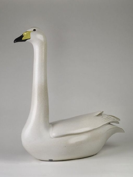 Sculpture, Swan | Paul Hoff (Design) and Gustavsberg AB (Production) | 1984 | Nationalmuseum, Sweden | CC BY-SA