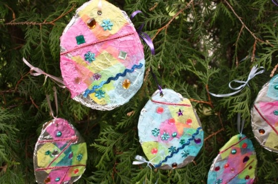 foil and tissue Easter eggs - craft with tin foil and tissue paper