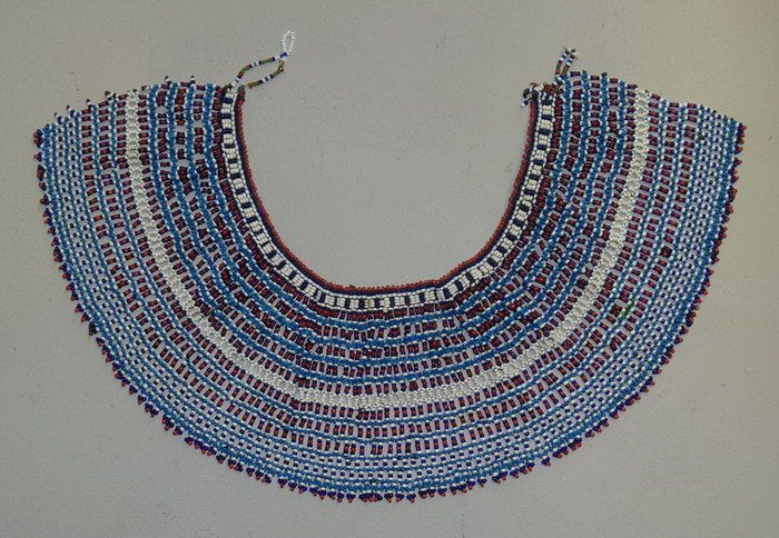 The Xhosa (and related people) of the Eastern Cape wore large beaded collars. The fashion was popular with both genders of all age groups.