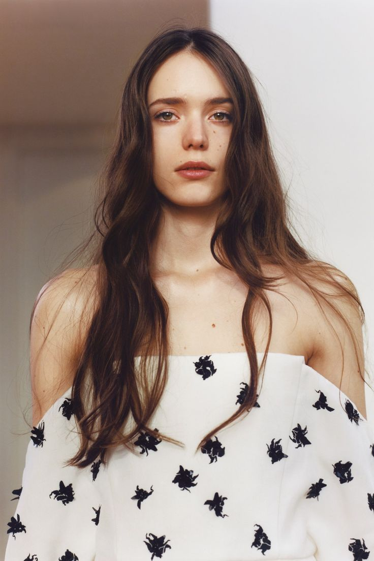 Blouse construction  Stacy Martin - April 2014 issue