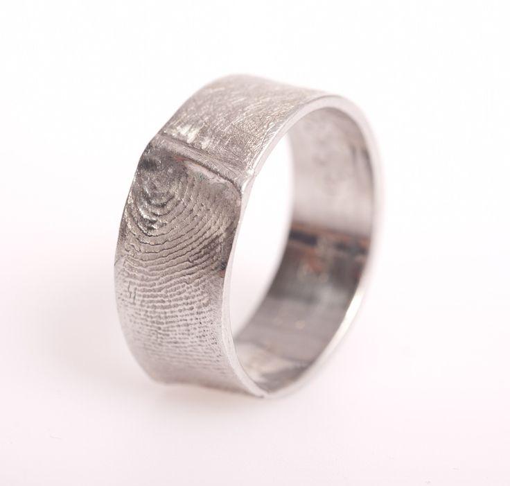 Image of Ring met vingerafdruk