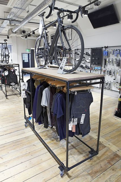 bike and clothing display, good height on bike display (diminishes clothing though??)