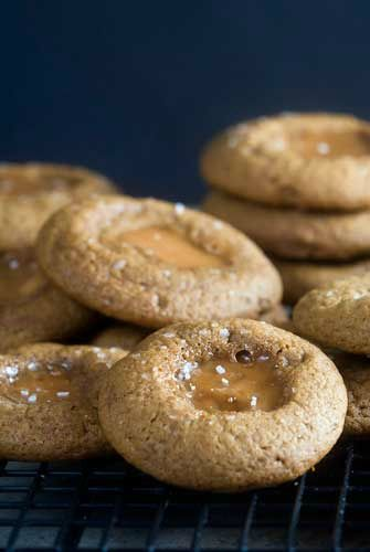 Gingerbread Caramel Thumbprint Cookies | Recipe