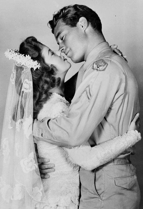 Shirley Temple and Guy Madison in Honeymoon (1947).