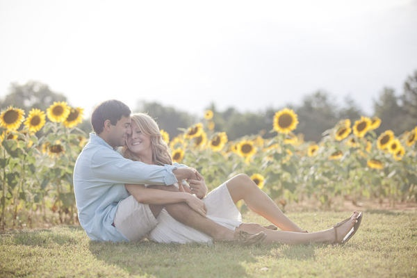 engagement Pretty and   Sunflowers  photo    release Sunflowers in Field      a photography huarache   Fields sunflowers Of field of