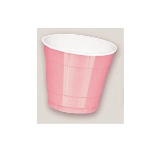 Plastic Pretty Pink Cups. There are 20 Plastic Cups per package. These 9 ounce cups come in 22 colours to match any theme or event.