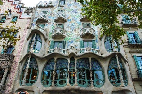 Art nouveau 1880 1910 sagrada familia barcelona - Art deco barcelona ...
