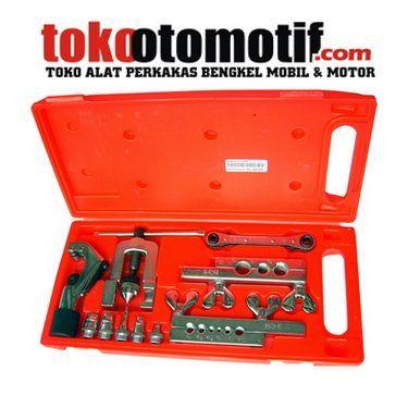 Kode : 11061001325 Nama : Flaring Tool Merk : IWT Tipe : FT-CT-02 Status : Siap Berat Kirim : 2 kg