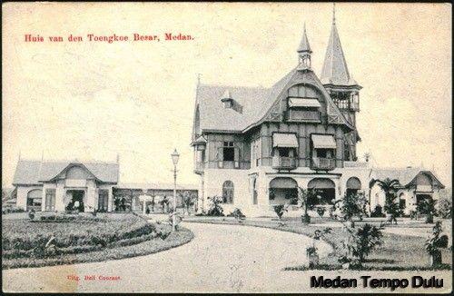 Huis van den Toengkoe Besar-Amalioen_1920's